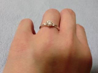 【ジュエリーツツミ(JEWELRY TSUTSUMI)の口コミ】 結婚指輪をこちらのお店のものにしたので、重ねて付けた時に合うと思って…