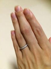 【MIKIMOTO(ミキモト)の口コミ】 毎日つけるリングなので、フィット感があり、ハーフエタニティで輝きの綺麗…