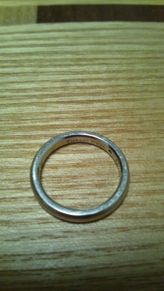 【ティファニー(Tiffany & Co.)の口コミ】 TIFFANY&Co.は以前から憧れのブランドで結婚指輪はここのを付けたいと…