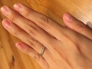 【4℃(ヨンドシー)の口コミ】 婚約指輪がとてもステキだったので結婚指輪も同じブランドのものを購入した…