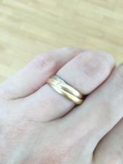 【カルティエ(Cartier)の口コミ】 以前からトリニティを結婚指輪にしたいと思ってました。 プラチナじゃなく…