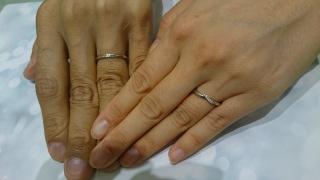 【Cafe Ring(カフェリング)の口コミ】 購入した指輪の意味でもある新しい人生のスタートという点に惹かれたのと…
