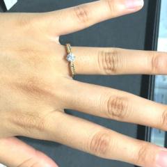 【VENUS TEARS(ヴィーナスティアーズ)の口コミ】 ダイヤモンドの価格が手頃なため思ったよりも大きめのダイヤを選べて満足…