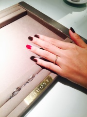 【ENUOVE(イノーヴェ)の口コミ】 一般的に結婚指輪はシルバーのイメージが多いけれど、この指輪はピンクゴ…