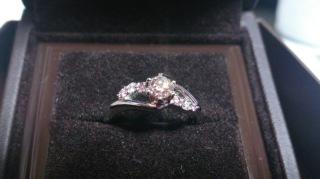 【アイプリモ(I-PRIMO)の口コミ】 私の場合は指輪のデザインを一目で夫が気に入りこれに決めました さらに真…