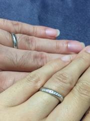 【Dolfani(ドルファーニ )の口コミ】 指にしっくりくる自然なデザインと付け心地を求めて指輪を探していました…