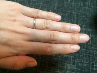 【SIENA(シエナ)の口コミ】 あまりキラキラしていないカジュアルな指輪を探していたところ、結婚情報…