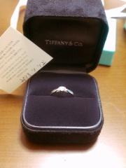 【ティファニー(Tiffany & Co.)の口コミ】 いかにも!婚約指輪というデザインではありません。 それが、個人的に気に…