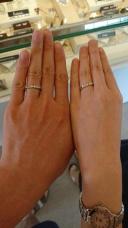【JEWELRY  KAMATA(ジュエリーかまた)の口コミ】 メガネをモチーフにした結婚指輪であり、メガネ好きには好評の結婚指輪だ…