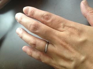【4℃(ヨンドシー)の口コミ】 4℃のシンプルながら上品なデザインが大好きで、このブランドの結婚指輪を…