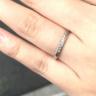【1122 iifuufu bridal(いい夫婦ブライダル)の口コミ】 プラチナの上品な輝きに惹かれました。最初はもっとダイヤモンドが少なく…