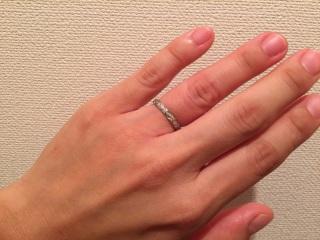 【シャネル(CHANEL)の口コミ】 キルティングのような切り込みライン、埋め込みのダイヤ(私のタイプは3個…