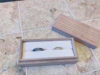 【uchimari(ウチマリ)の口コミ】 カジュアルだけど結婚指輪と分かるようなデザインを探し求めていました。…