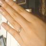 【杢目金屋(もくめがねや)の口コミ】 メレダイヤの配置のデザインが綺麗だと思います。木目は指輪ごとに変わる…