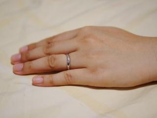 【vielle bijou SOPHIA(ヴィエールビジュソフィア)の口コミ】 この指輪を始めて見たとき、特別な形を気に入りました。別の商品を見ると…