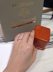 【WAKO BRIDAL+WORK SHOPの口コミ】 画像添付させて頂いておりますのは、婚約指輪です。貰えると思っていなかっ…
