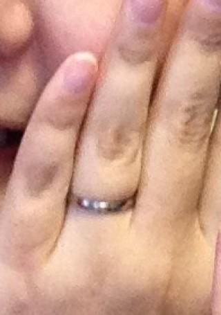 【BLOOM(ブルーム)の口コミ】 金属アレルギーを持っていたため、チタン製の指輪を探していました。その…