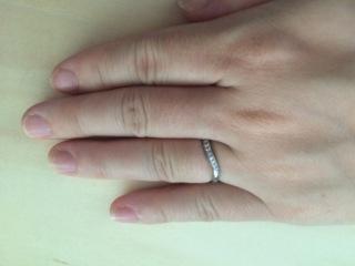 【エクセルコダイヤモンド(EXELCO DIAMOND)の口コミ】 派手さはなくよく手になじみますが、いくつか石がついているのでおしゃれし…