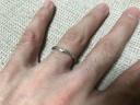 【俄(にわか)の口コミ】 妻が細めのリングを希望していたこともあり、色々な店舗を見て回りました…