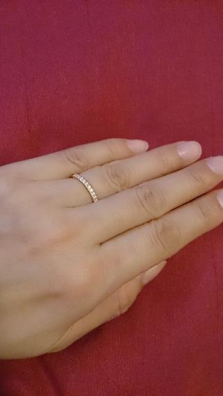 【ティファニー(Tiffany & Co.)の口コミ】 当初はシンプルな1つ石にしようと思っていましたが、実際に試してみた際に…