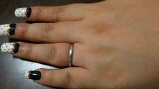 【4℃(ヨンドシー)の口コミ】 結婚指輪は4℃の指輪にあこがれていて、一目見たときにこれだって思いまし…
