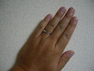 【4℃(ヨンドシー)の口コミ】 ●この指輪のお勧めポイント  ・個人的な意見ですが、この指輪自体が太め…