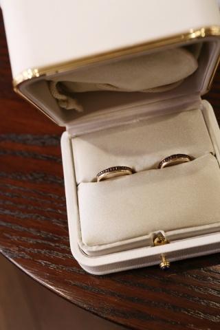 【ブシュロン(BOUCHERON)の口コミ】 シンプルなシルバーのリングに憧れてましたが、「それじゃ誰との結婚指輪…