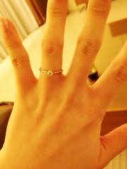 【スタージュエリー(STAR JEWELRY)の口コミ】 ダイヤのサイズが大きすぎず小さすぎずといった絶妙なバランスで、指を綺麗…