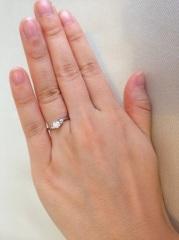 【アイプリモ(I-PRIMO)の口コミ】 私の中で婚約指輪といえば、一粒ダイヤが乗ったもの!という印象が強かった…