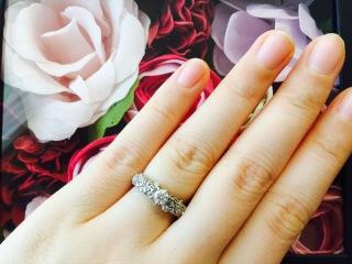 【ケイウノ ブライダル(K.UNO BRIDAL)の口コミ】 指が太いため華奢なデザインが似合わず、太さ・ボリュームがあるデザインを…