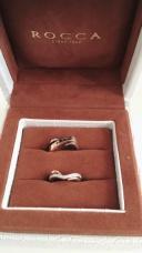 【ROCCA(ロッカ)の口コミ】 素敵な婚約指輪を造って頂いたので、結婚指輪もこちらで造って頂くのは決…