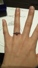 【ケイウノ ブライダル(K.UNO BRIDAL)の口コミ】 彼のご両親から婚約指輪を頂いたのでリフォームできるところを探していま…