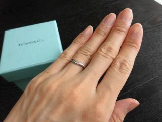 【ティファニー(Tiffany & Co.)の口コミ】 見た目の丸いフォルムからも女性らしさを感じられます。リング自体にも丸み…