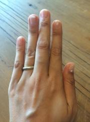 【ティファニー(Tiffany & Co.)の口コミ】 私がゴールドのアクセサリーが好きで結婚指輪も違和感がないようにゴールド…