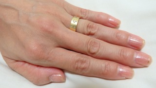 【festaria bijou SOPHIA(フェスタリア ビジュソフィア)の口コミ】 星型のダイヤモンドがちりばめられているデザインがとても好印象だったのと…