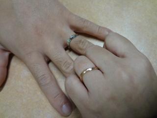 【アトリエ春の口コミ】 既製品も沢山あるのですが、オリジナルの指輪が自分でデザインから考えて、…