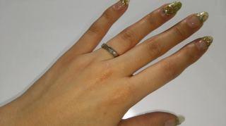 【カルティエ(Cartier)の口コミ】 結婚指輪を探していると、丸みを帯びた形が多かったのですが、夫婦お互い…