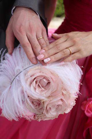 【agete(アガット)の口コミ】 シルバーの結婚指輪の方が多いと思うのですが私自身がゴールドのアクセサ…