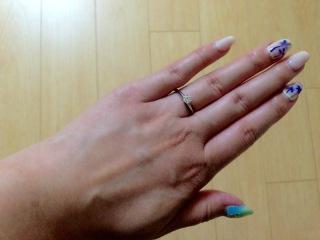 【ティファニー(Tiffany & Co.)の口コミ】 1粒ダイヤのエンゲージメントリングに憧れていたので大満足です。ダイヤが…