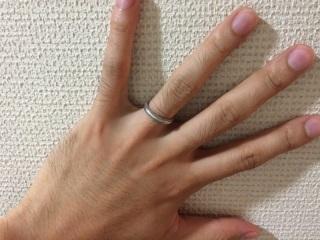 【ティファニー(Tiffany & Co.)の口コミ】 結婚生活で長くはめるものだけに、シンプルで飽きがこないデザインのものが…