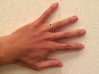 【カルティエ(Cartier)の口コミ】 日常着用する結婚指輪は、大きくてひっかかる感じがするものを避けたかっ…