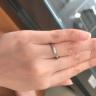 【エクセルコダイヤモンド(EXELCO DIAMOND)の口コミ】 シンプルなデザインでありながら個性的で人と被らないリングを探しており…