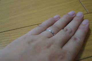 【LUCIE(ルシエ)の口コミ】 子供と接することの多い仕事のため、指輪で子供を傷つけることのないシンプ…