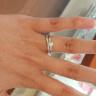 【アネリディギンザ(ANELLI DI GINZA)の口コミ】 結婚指輪、婚約指輪共にシンプルなデザインですが可愛らしく気に入ってい…