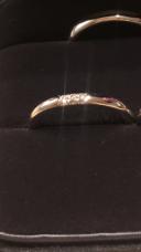 【ティファニー(Tiffany & Co.)の口コミ】 たくさんダイヤが入っている結婚指輪は、普段つけたままにするには仕事や…