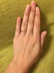 【ete(エテ)の口コミ】 この指輪を選んだ最大の理由はデザインと値段。つや消しの指輪を探していた…