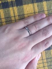 【4℃(ヨンドシー)の口コミ】 他の指輪とは違い、付け心地がしっとりとしており、手になじみやすいです…
