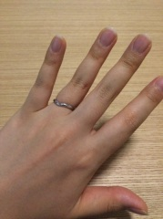 【ティファニー(Tiffany & Co.)の口コミ】 婚約指輪を貰わなかったので、少しダイヤモンドも主張しているほうが良いな…