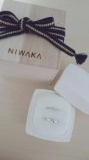 【yamatoya(ヤマトヤ)の口コミ】 指輪探しで、一番最初に見た指輪。 決めては少し変わったデザイン、女性の…