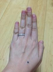 【ティファニー(Tiffany & Co.)の口コミ】 もともとフルエタニティーリングを考えていたところ、この指輪と出会いま…